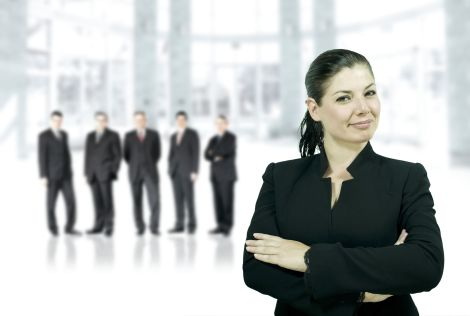 1-woman-leader-with-group-of-men